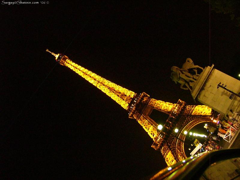 Эйфелева башня в Париже фото Эйфелевая башня высота
